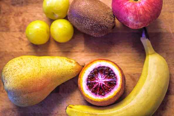 quarantine snacks fresh fruits