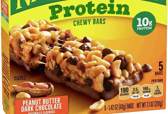 best travel friendly snacks chewy granola bars